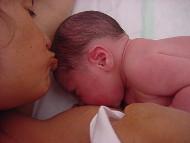 Mãe e filho recém nascido